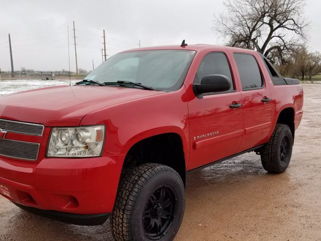 2008 Chevrolet Avalanche LT, Victory Red (Red), 4X4