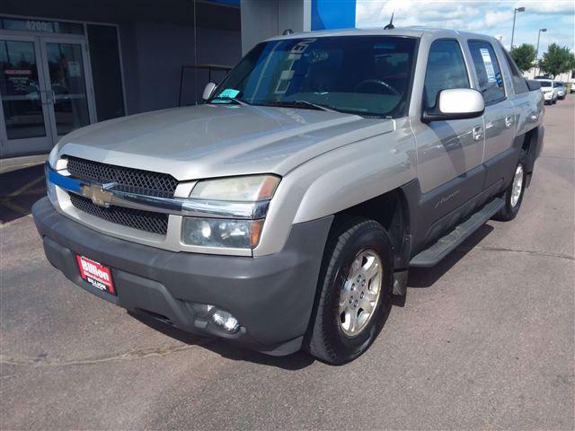 2004 Chevrolet Avalanche 1500 | Sioux Falls, SD, Silver Birch Metallic (Silver), 4 Wheel