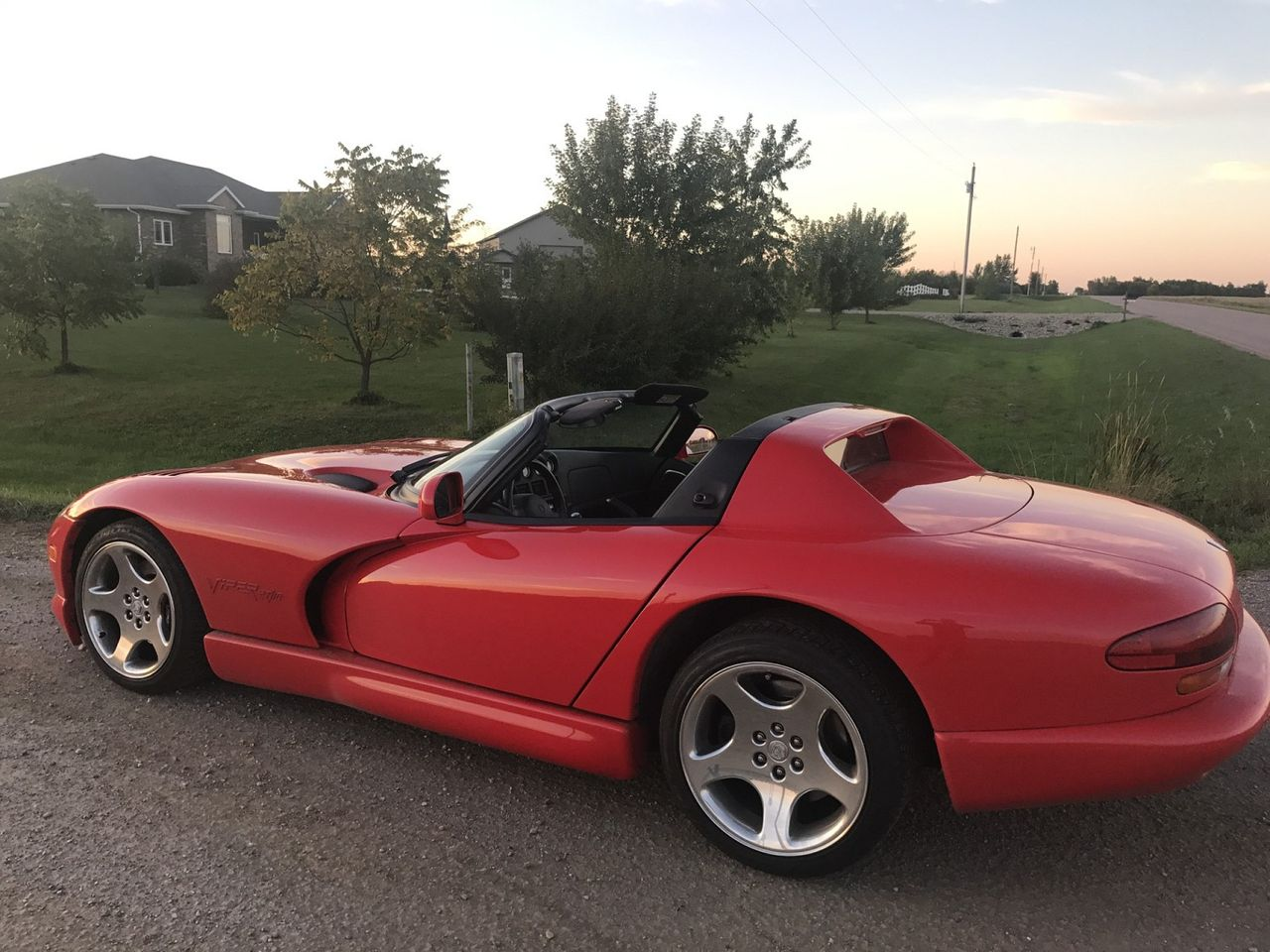 2001 Dodge Viper RT/10 | Beresford, SD, Viper Red Clearcoat/Viper Red HT (Red & Orange), Rear Wheel